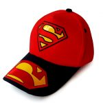 topi superman merah