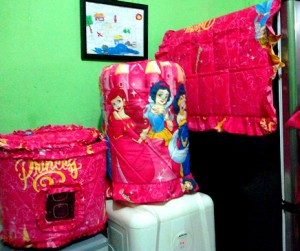GKM Princess Castle1 300x251 Tutup Galon, Kulkas dan Magic (GKM)