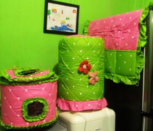 GKM Doti Pink Mix 300x256 Tutup Galon, Kulkas dan Magic (GKM)