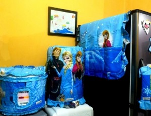 GKM Frozen rz web 300x230 Tutup Galon, Kulkas dan Magic (GKM)