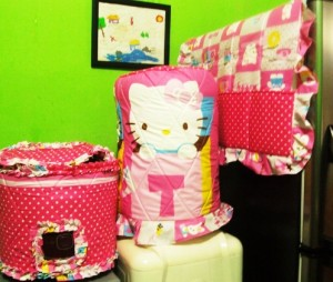 GKM HK Box Pink 300x254 Tutup Galon, Kulkas dan Magic (GKM)