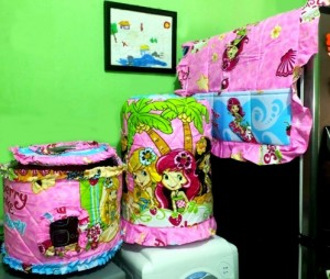 GKM Strawberry Shortcake 300x254 Tutup Galon, Kulkas dan Magic (GKM)