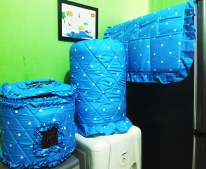 gkm dotie biru 300x247 Tutup Galon, Kulkas dan Magic (GKM)