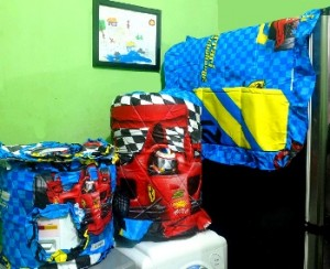 gkm ferrRI BIRU rz 300x244 Tutup Galon, Kulkas dan Magic (GKM)