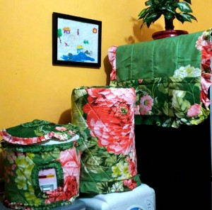 gkm flower hijau 300x296 Tutup Galon, Kulkas dan Magic (GKM)
