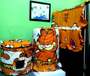 gkm garfield 300x254 Tutup Galon, Kulkas dan Magic (GKM)