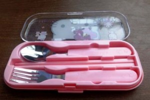 sendok set hello kitty buka rz
