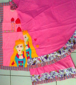mukena princess pink sajadah 268x300 Mukena Anak Lucu