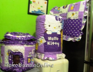 tutup galon kulkas dan magic com (GKM ) Hello Kitty Box Ungu