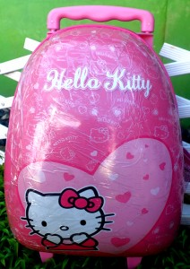 tas telor trolly hk love