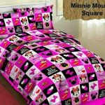 sprei minnie mouse square