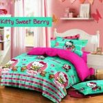 sprei kitty sweet berry