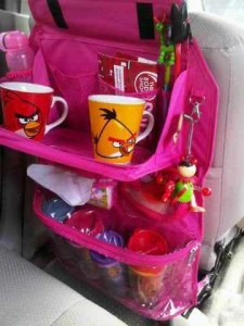 Rak Mobil car table magenta