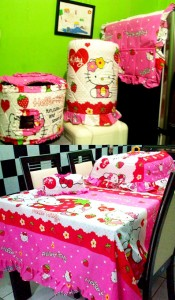 homset hello kitty strawberry pink