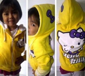 jaket hello Kitty yellow 300x266 Baju Anak lucu