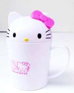 mugs tinggi hello kitty 237x300 Set Makan Lucu