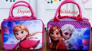 travel mini frozen polka rz 300x169 Travel Bag Tenteng Selempang Mini