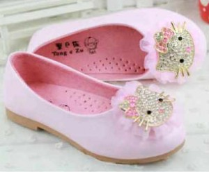 sepatu hello kitty kitty shoes baby pink