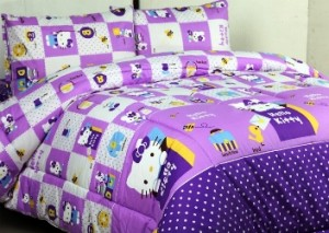 seprei dan bedcover hello kitty box ungu