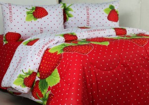 sprei dan bedcover strawberry (2)