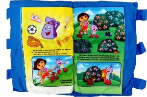 Bantal Buku- Dora  the explorer book