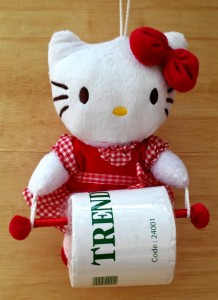 gantungan tissue hello kitty merah
