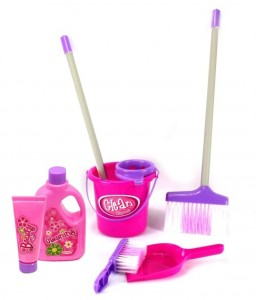 little helper cleaning set